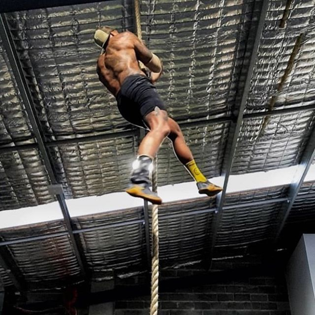 Aim high!  @theinkedshooter takes a mean photo 🤩 even while training . Of course before a standard sauna session at Play.  #comptrainathlete #ogplayer #wannaplay