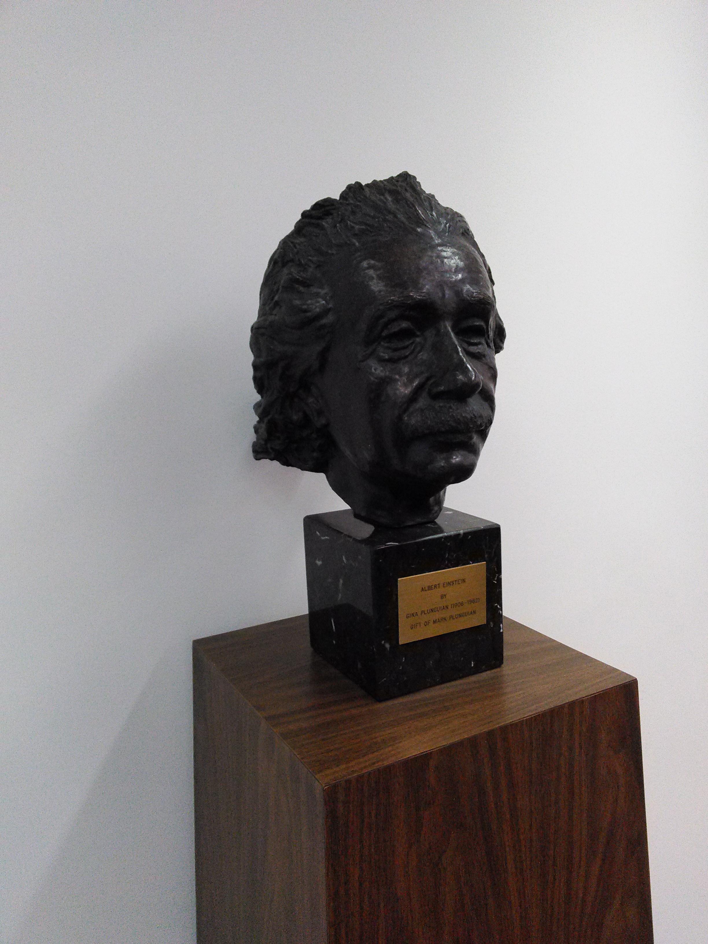 Einstein -2.jpg