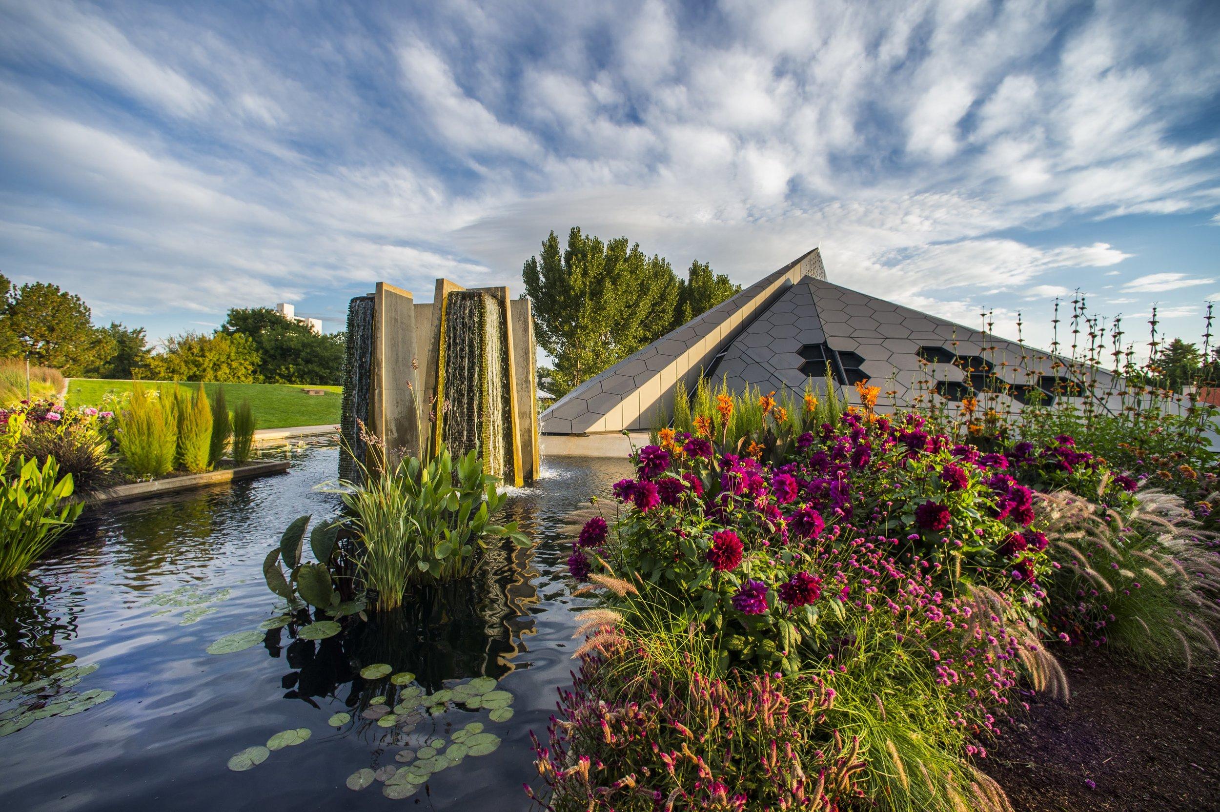 SheTravelsWell_denver-garden.jpg