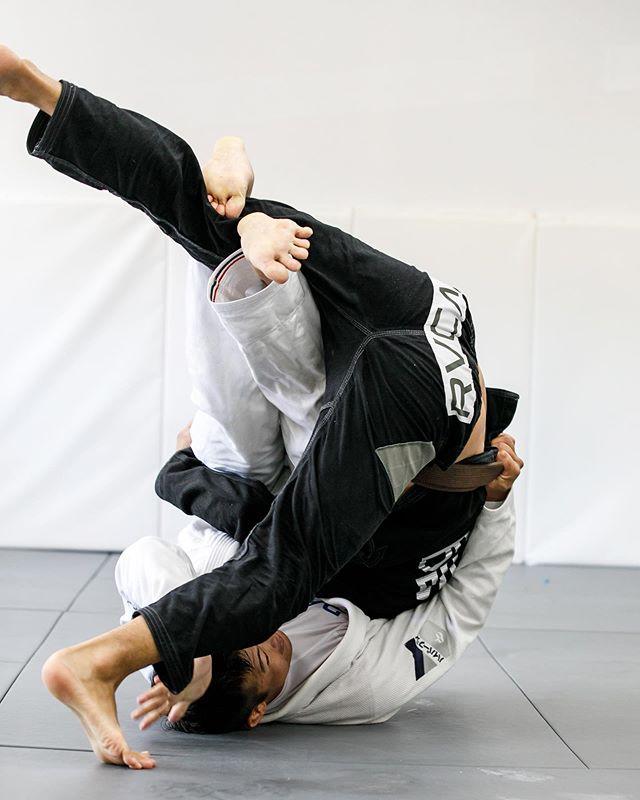Monday Jiu Jitsu 🤜🏼💥🤛🏼 See you all tonight ———- #manojiujitsu #manoa #jiujitsulife #mondaymotivation #jiujitsu #bjj #柔術
