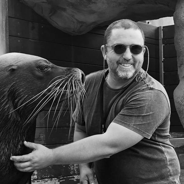 Jeremy Gordon - Website Staff Photo B-W - 9 May 2019.jpg