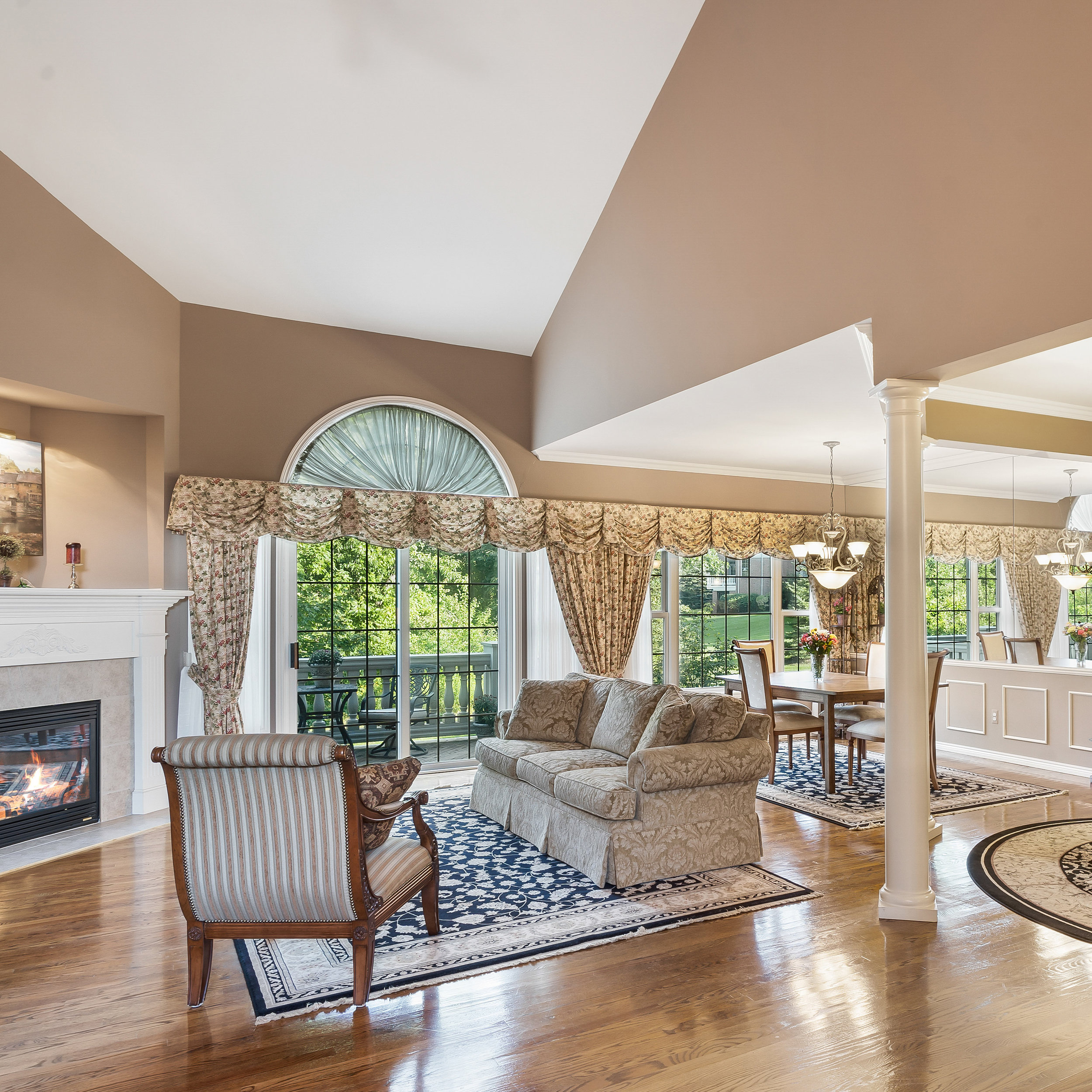 Search Featured Listings - Find your dream home!