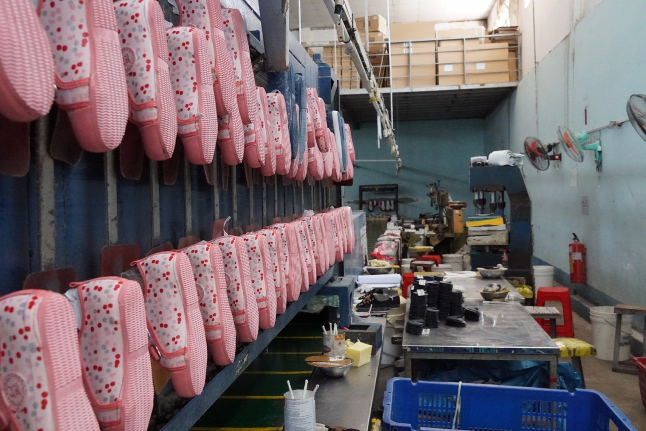 Lap Phoung shoe factory I mage credit : Jane Gavan 2018