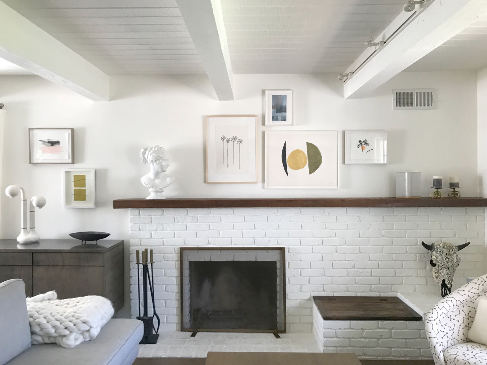 Palisades Residence - Hangstyles for the classic minimalist with a preference for the unexpected…