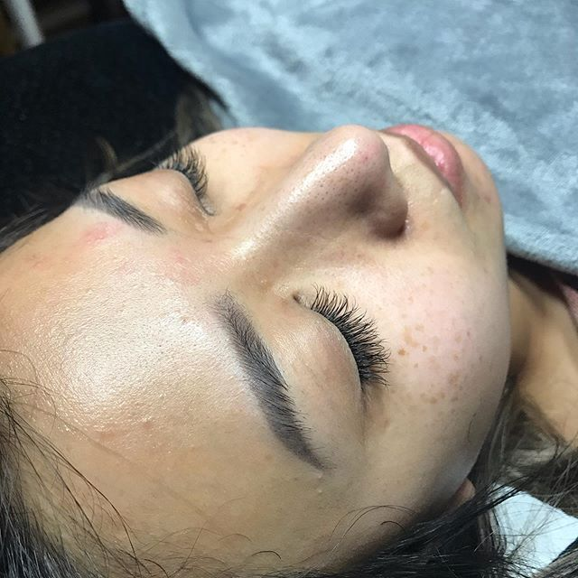 A nap never looked more beautiful 😍 * For bookings and inquiries, please visit link in bio www.lorrainemakeupartistry.com . . . . . #lorrainemakeupartistry #torontomua #torontomakeupartist #mua #makeupartist #weddingmua #bridalmua #weddingmakeup #bridalmakeup #weddingbells #love #torontolashes #lashgoals #lashextensions #lashes #lashlift #lashboost #lashartist #lashaddict #lashesonfleek #lashnap #bossbabe #girlboss