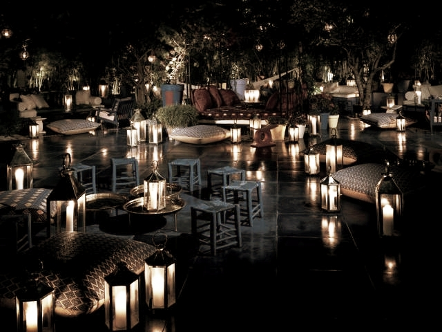 BAR & CLUB_  SKYBAR@SHORECLUB.  #ClassicbutstillOutstanding #EasyClubbing #Outdoor #Fancy   http://www.shoreclub.com