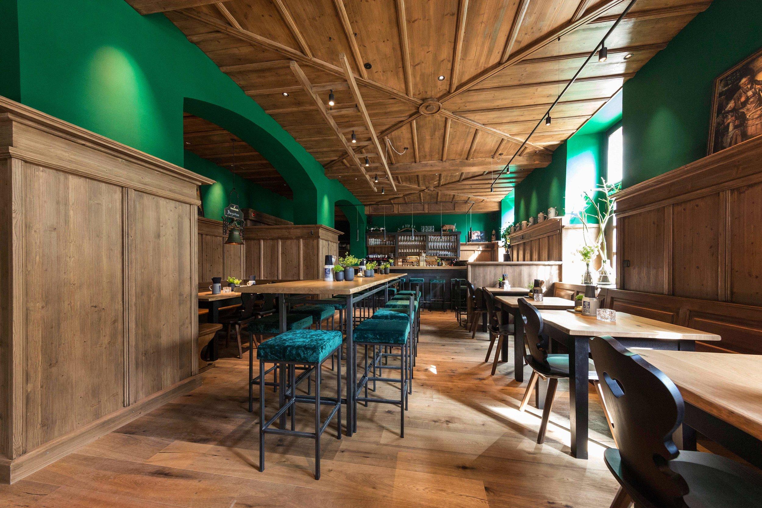 EAT & DRINK_  XAVER'S.  #NewStyle #Brauhaus #Tradition #Bavarian   https://xaver-s.de