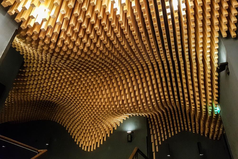 BAR & CLUB_  TRISOUX.  #Bar #Design #Cocktails    http://www.trisoux.com