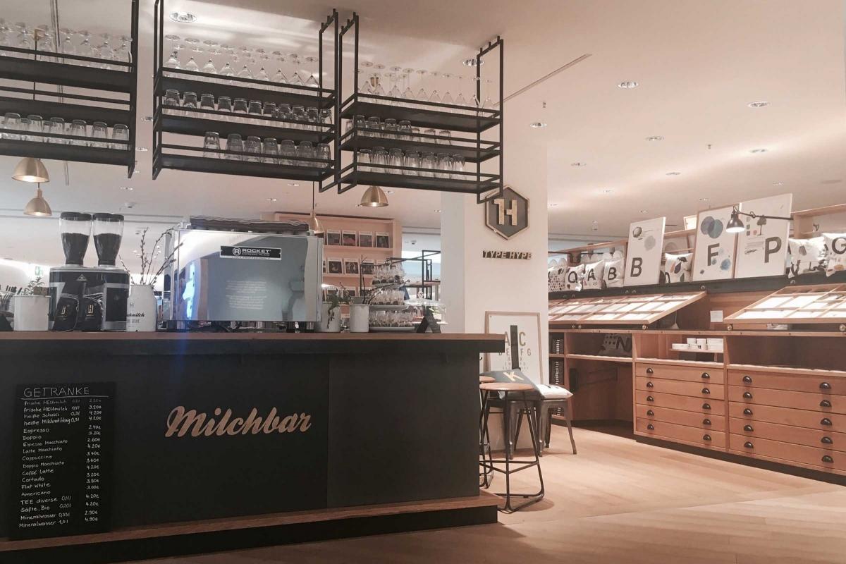 SHOP_ EAT & DRINK_  TYPEHYPE.  #ConceptStore #Letters #Design #Coffee #Barista  https://www.typehype.com/de