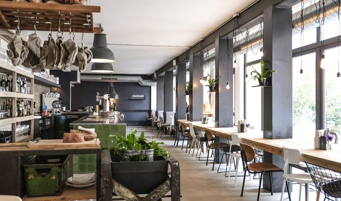 EAT & DRINK_  THERESA GRILL.  #Grill #Interiors #Theresa #Foodies   http://www.theresa-restaurant.com/de
