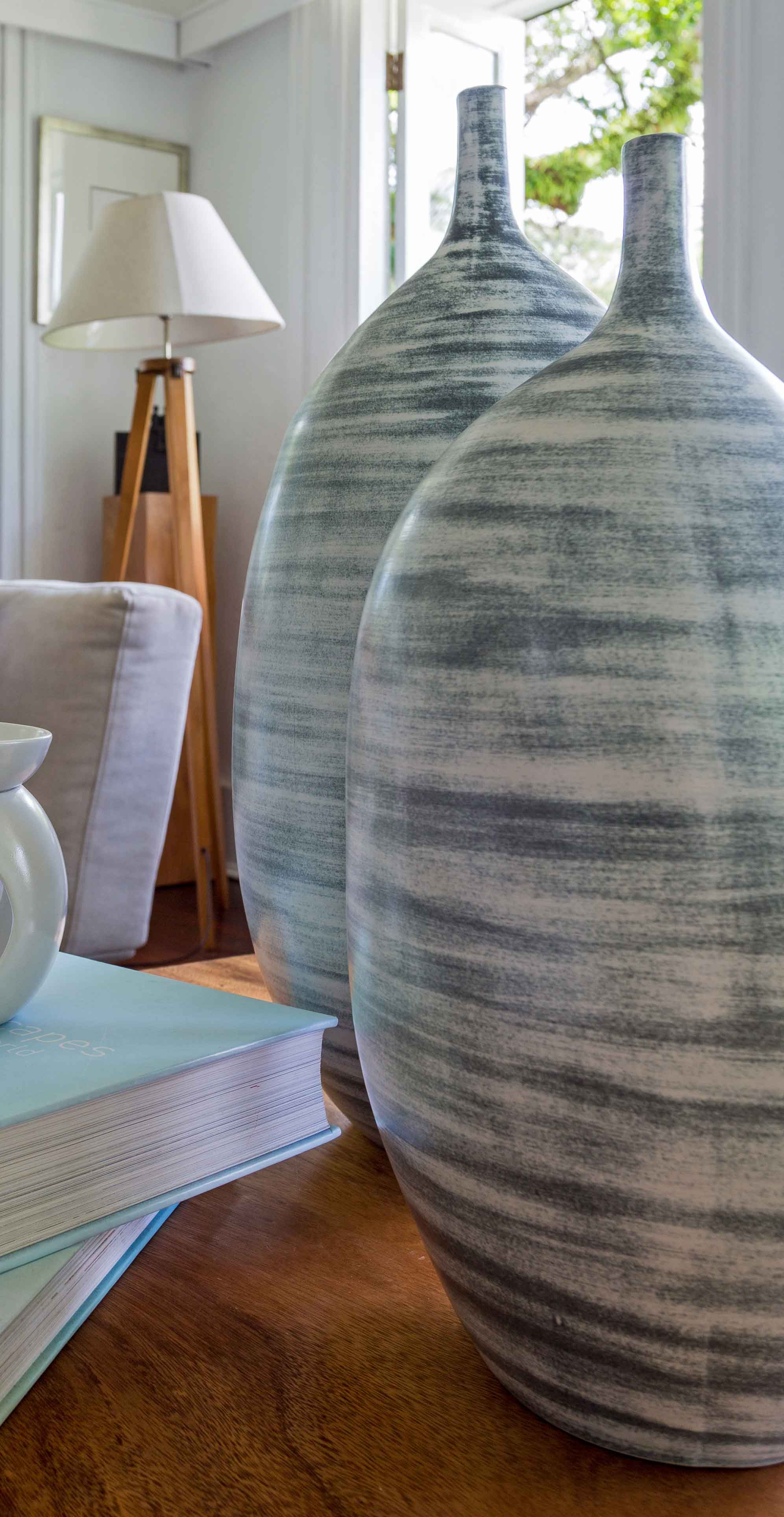 Abstract Vases - Made by talented artisans in Bali, this boutique stoneware ceramic vase was designed to last a lifetime.