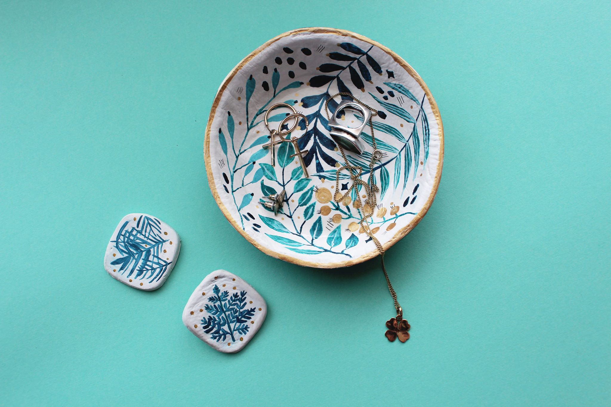 pins and jewelry dish