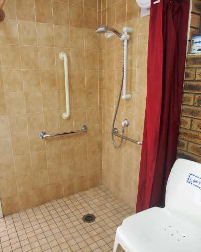 xDisable Bathroom 1.JPG