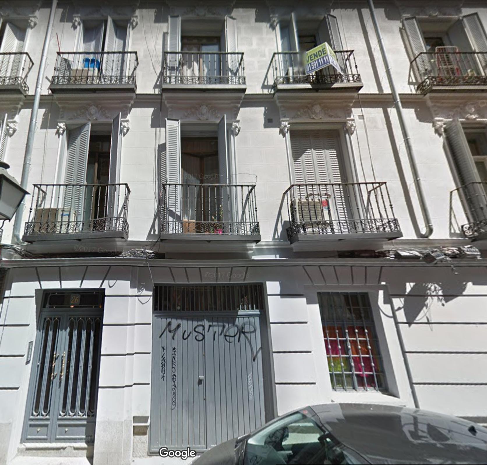 Local en Universidad - Calle Ballesta 26Superficie 157m2Renta esperada 3.100 EUROS/MESPrecio de venta 675.000 EUROS