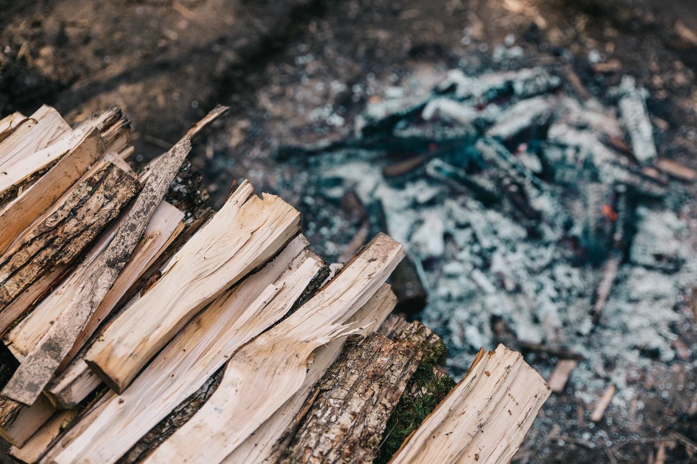 wood-pile-outdoor-fire.jpg