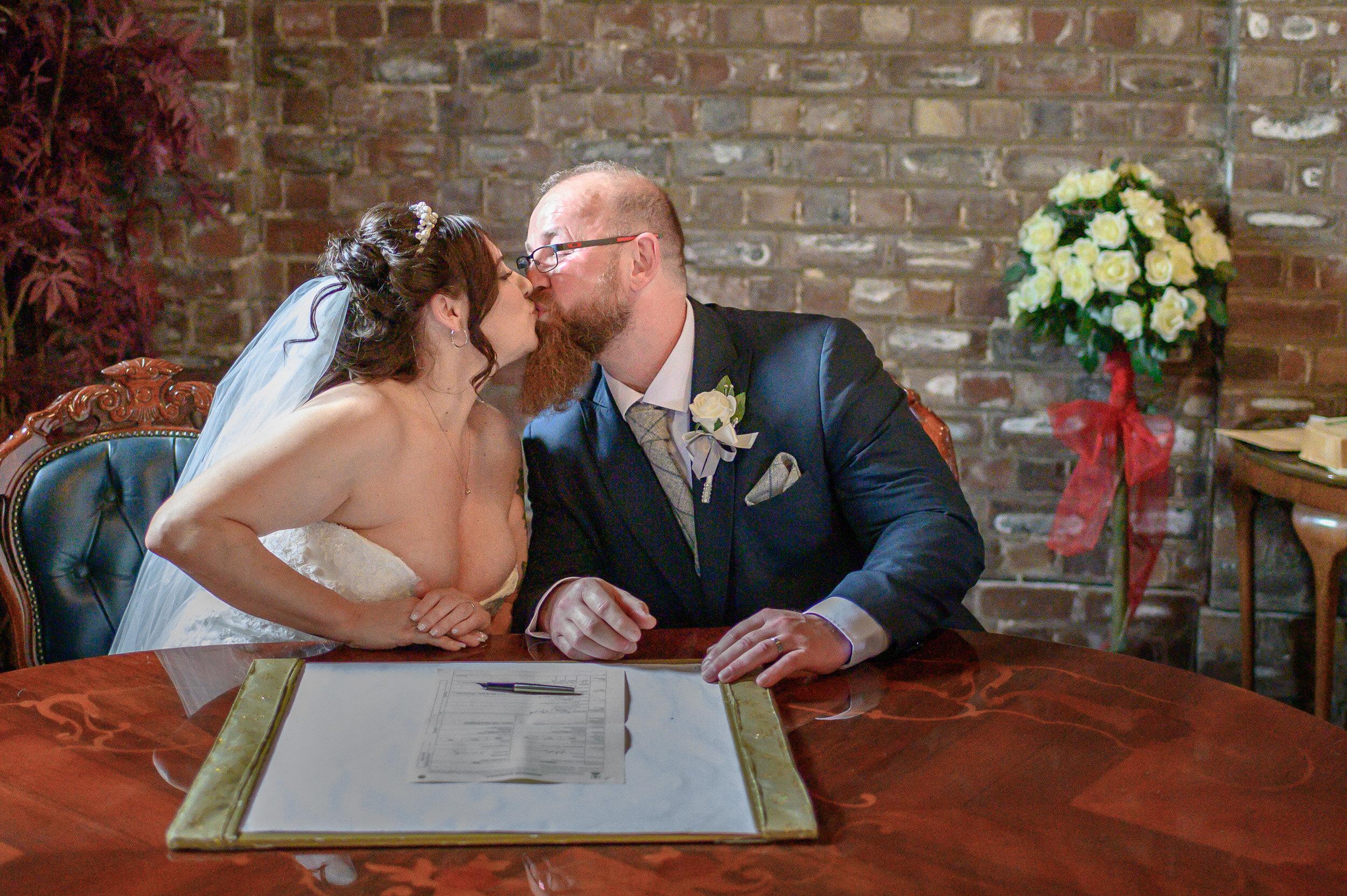 Heaton_wedding_photos_Gretna-16.jpg