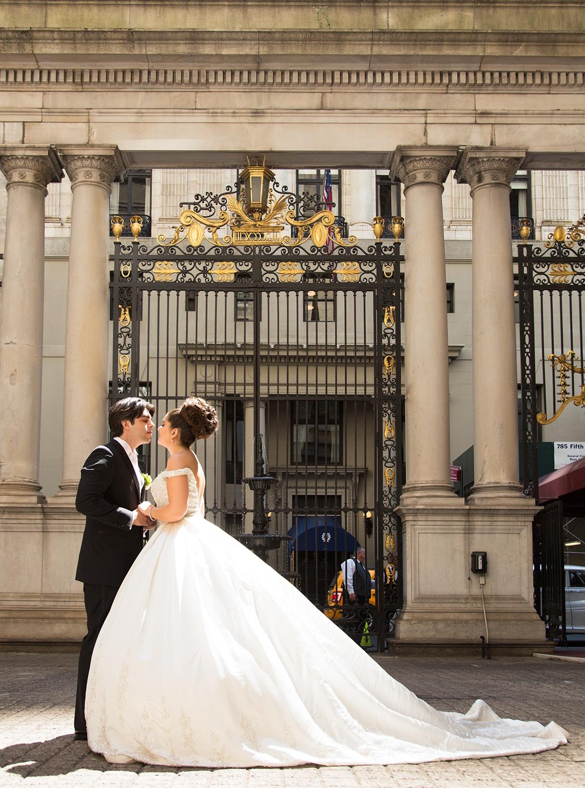 jamie-levine-photography-metropolitan-club-new-york-wedding (1).jpg