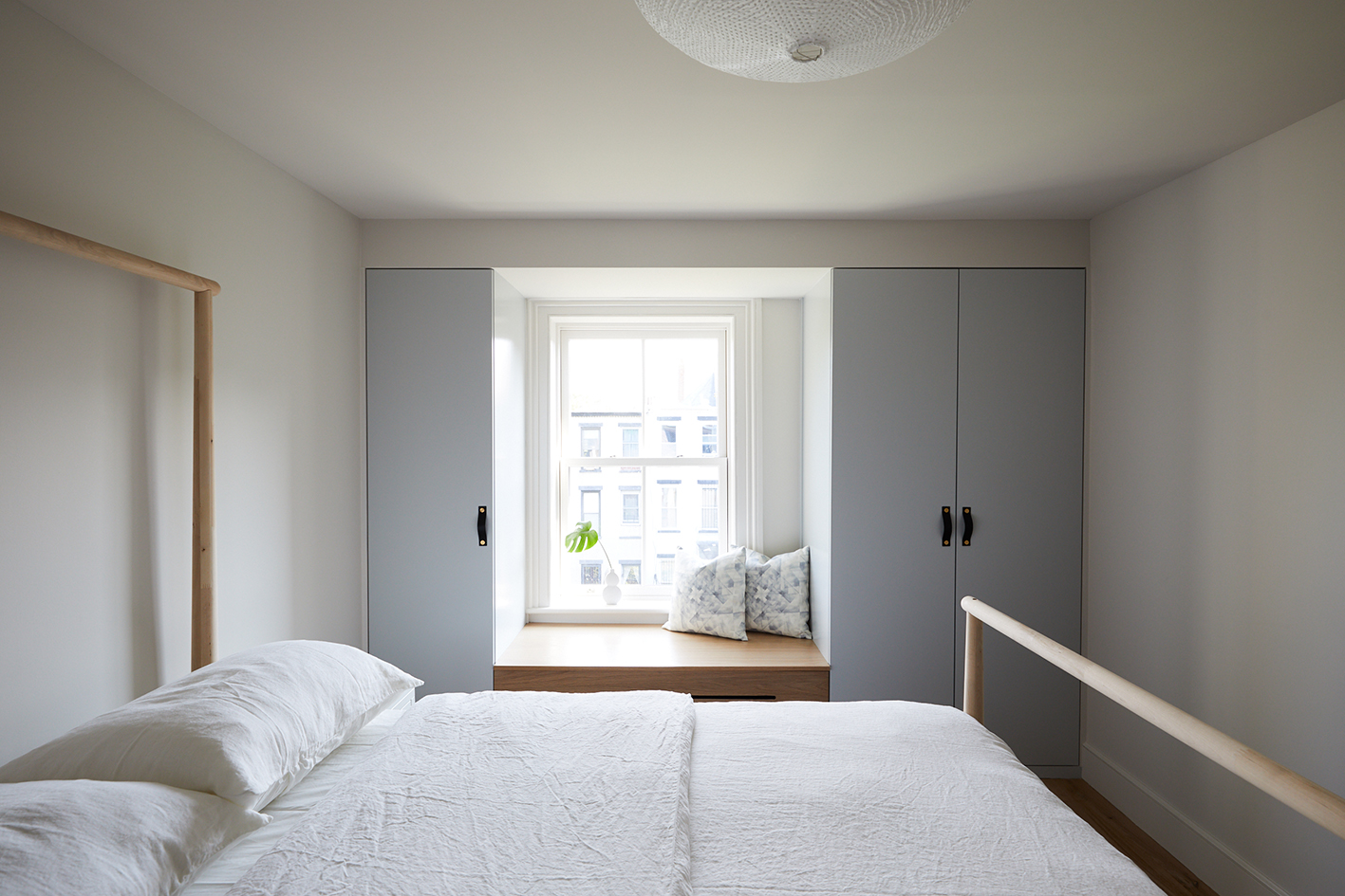 v. Kids Bedroom Slope_Townhouse_Bedrooms_3rd_Floor_018.jpg