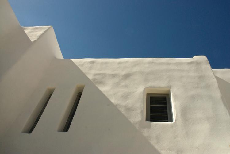 Minimalism is a key feature of greek island style.