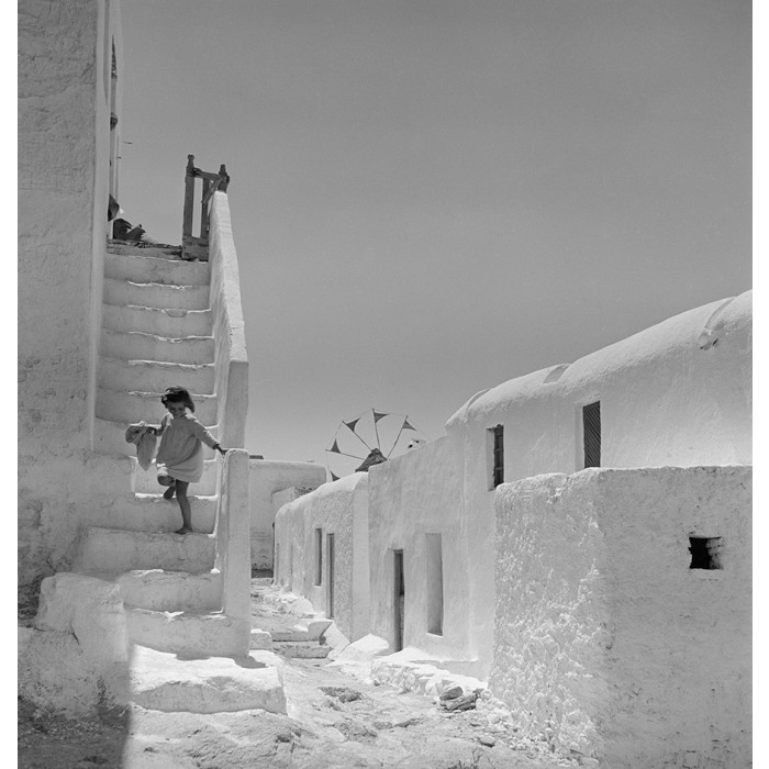 Cycladic architecture at its best in Mykonos of the fifties before the tourists came.