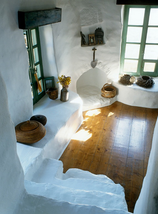 Large wooden planks are used as flooring in cycladic houses.