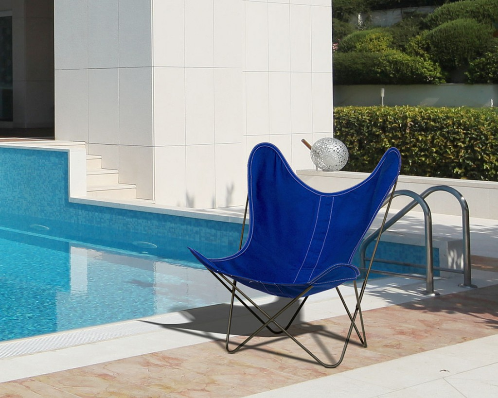 blue-butterfly-chair-by-swimming-pool.jpg