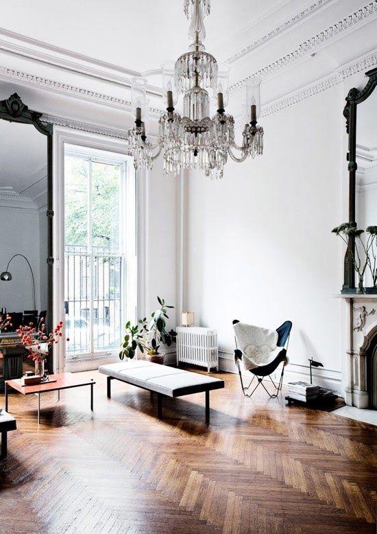 parisian-chic-butterfly-chair.jpg