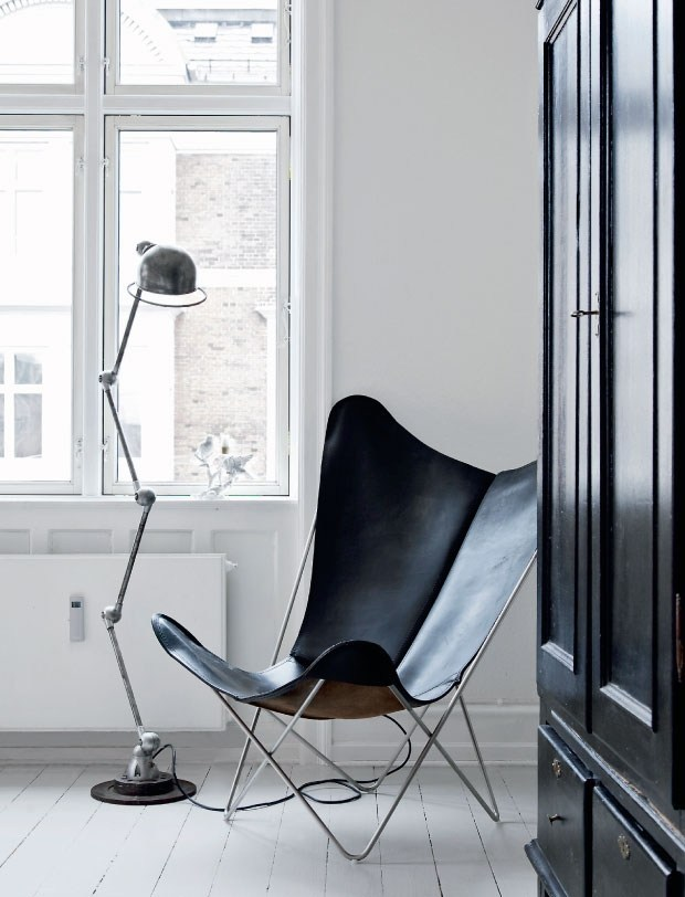 black-leather-butterfly-chair.jpg