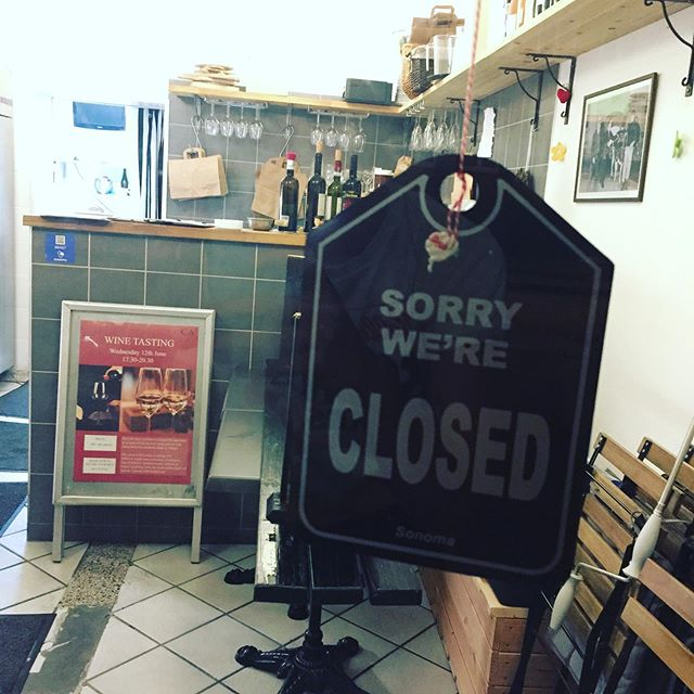 Ciao everybody! We are closed today 8th June for an early Pinse-Holiday, but we will be back on Tuesday 11th with lots of delicious food! Thank you so much for the last few weeks - it's been a pleasure to see such a big interest in our food! #italianfood #italienskvin #closed