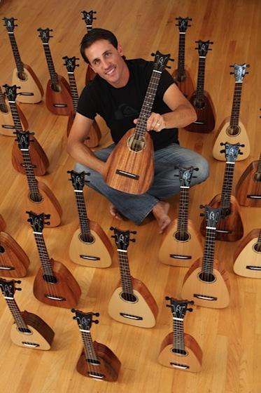 Master luthier, Pepe Romero