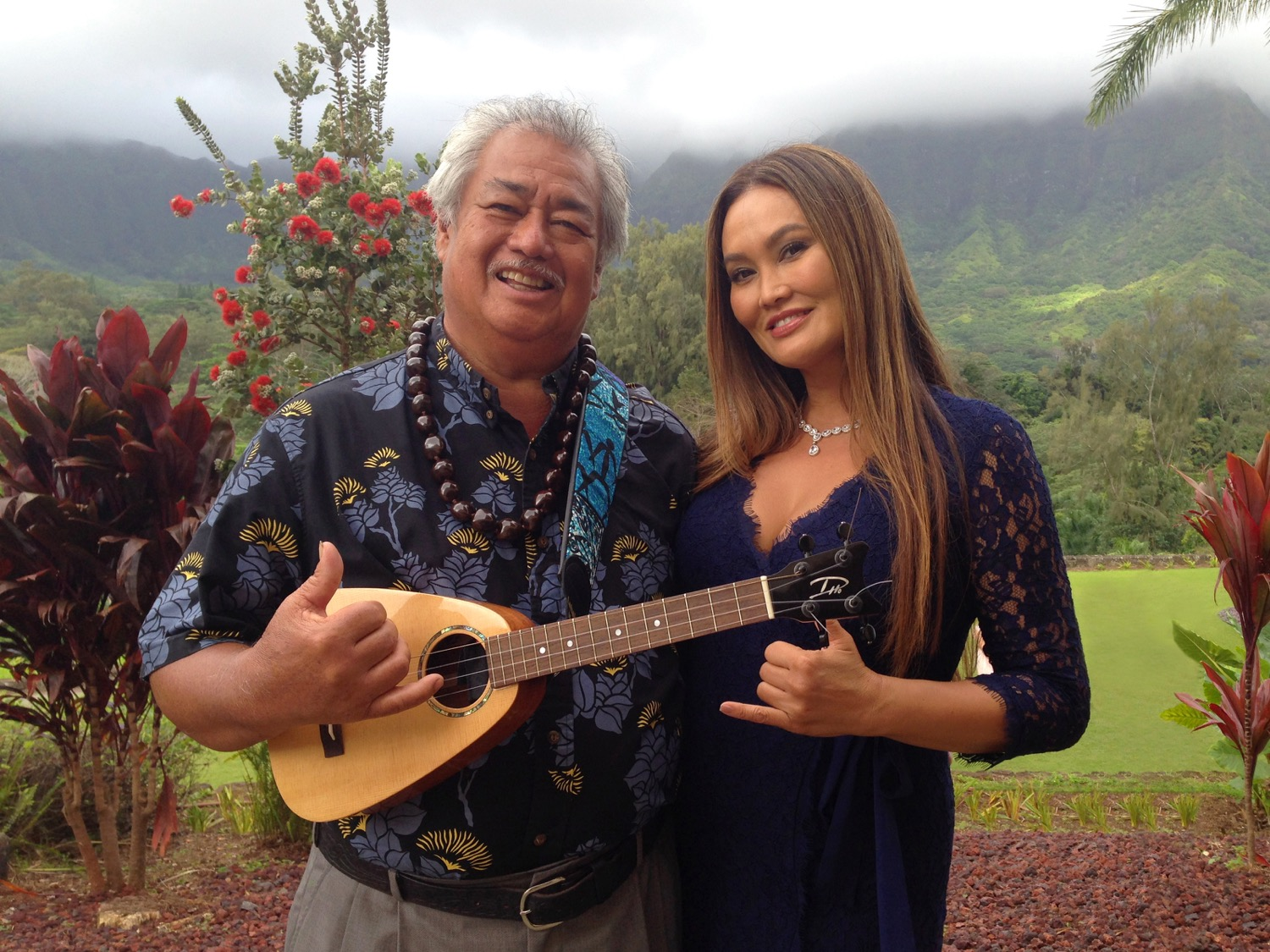 George Kahumoku, Jr. & Tia Carrere - at home with the Tiny Tenor in Hawaii.