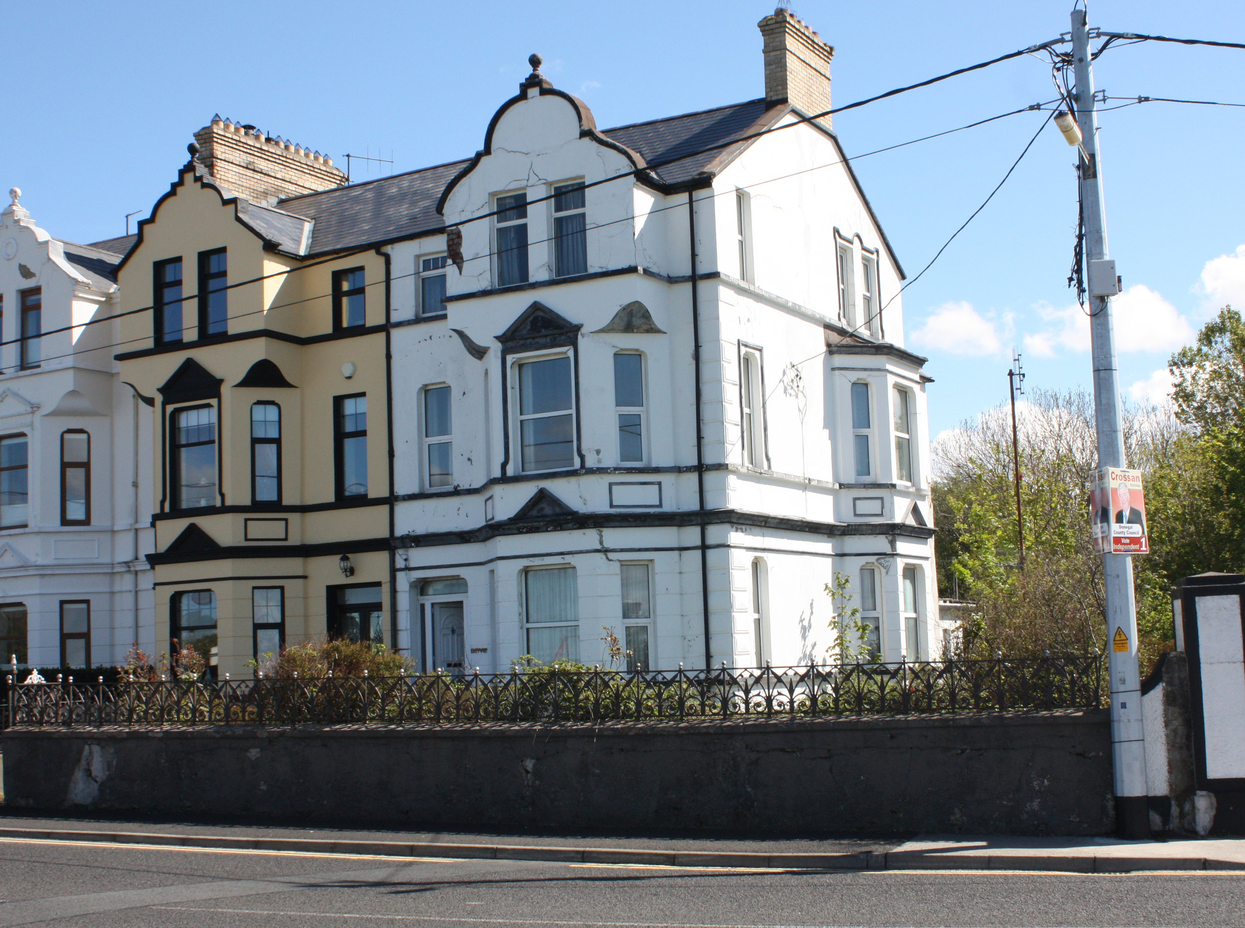 The Harbour Inn, Buncrana, Ireland - uselesspenguin.co.uk