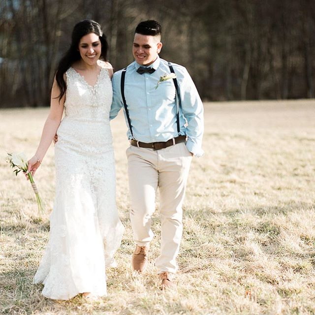 couple in field (1).jpg