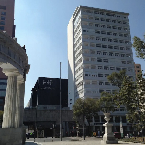 """Luxury Lofts at Alameda """"Mexican C. Park"""""""