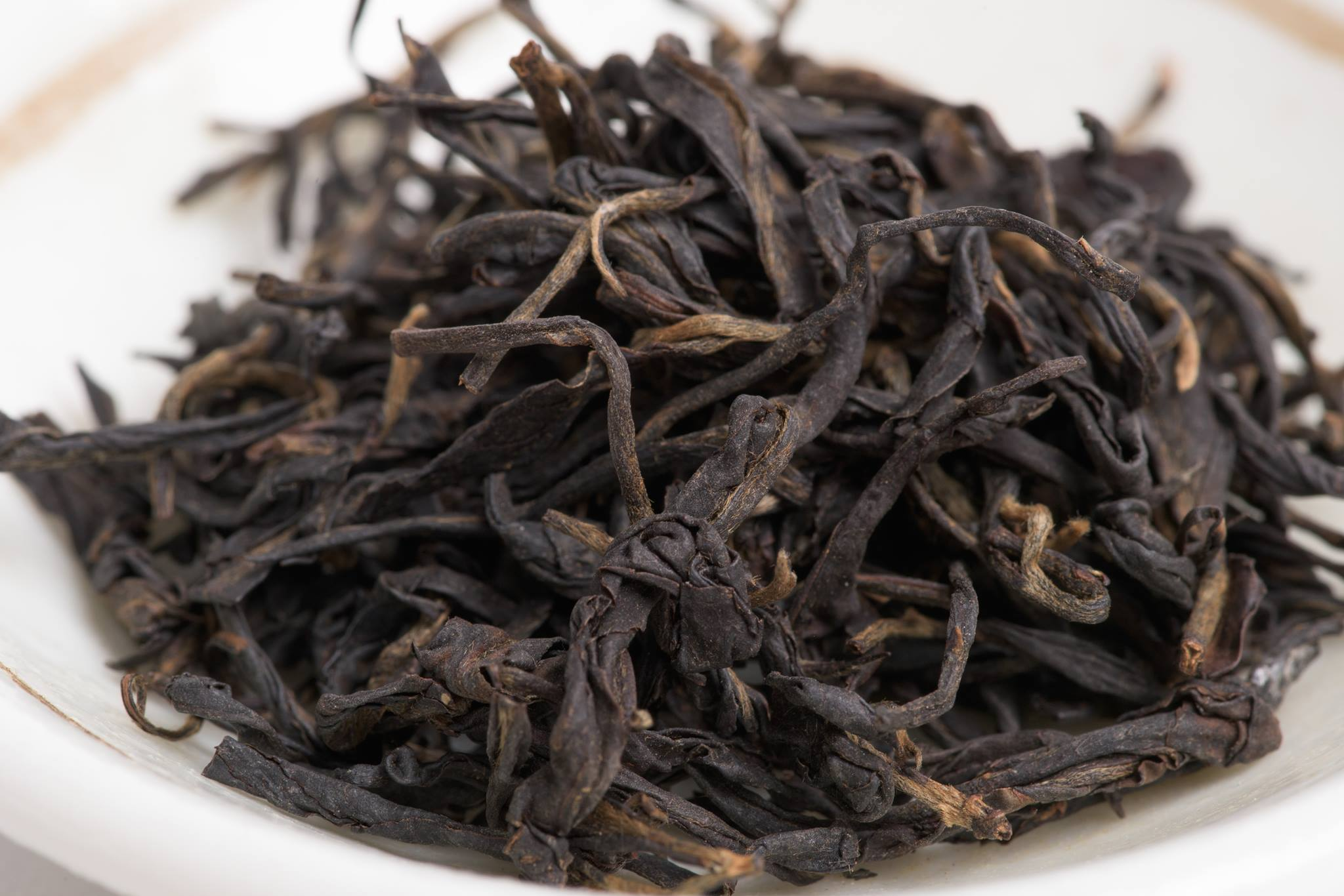 Sun Dried Black Tea from Nannuo Mountain - Photo: Guan Yin Tea House