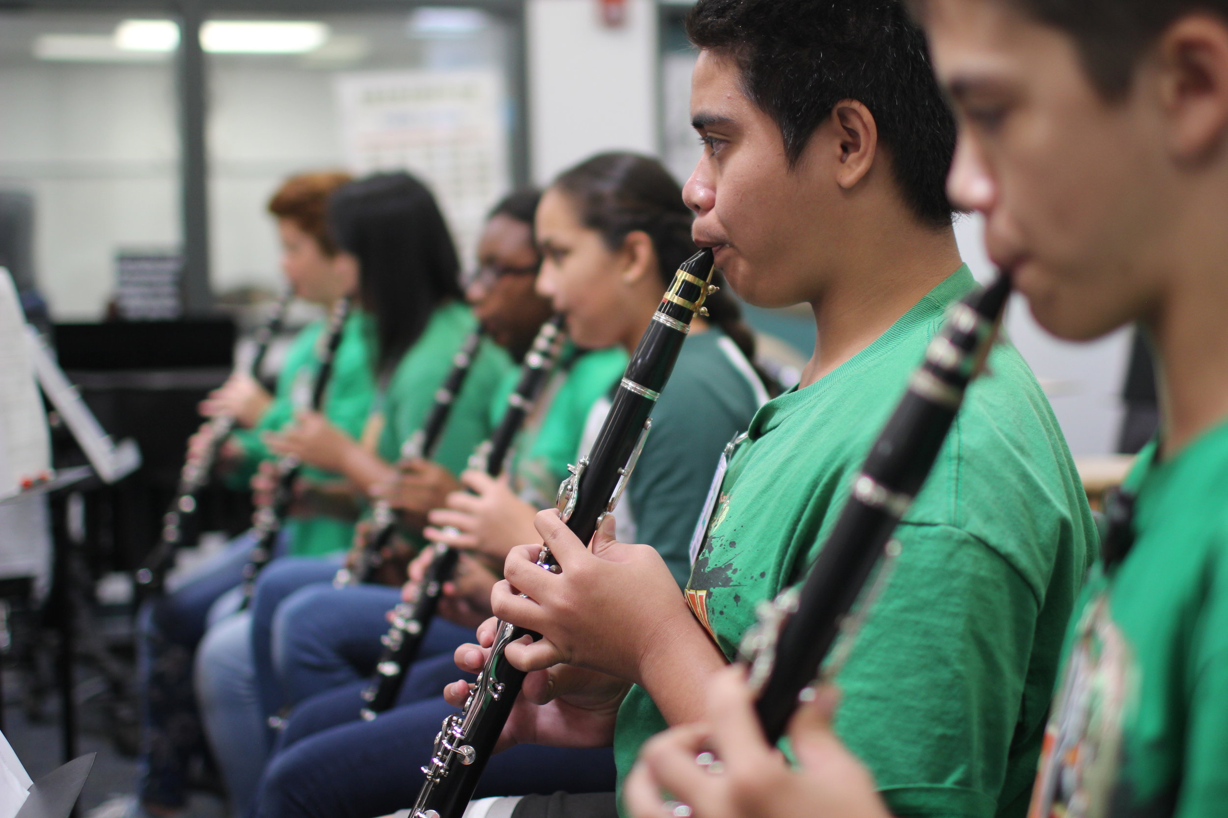 Ewa Makai students in band class playing clarinets.
