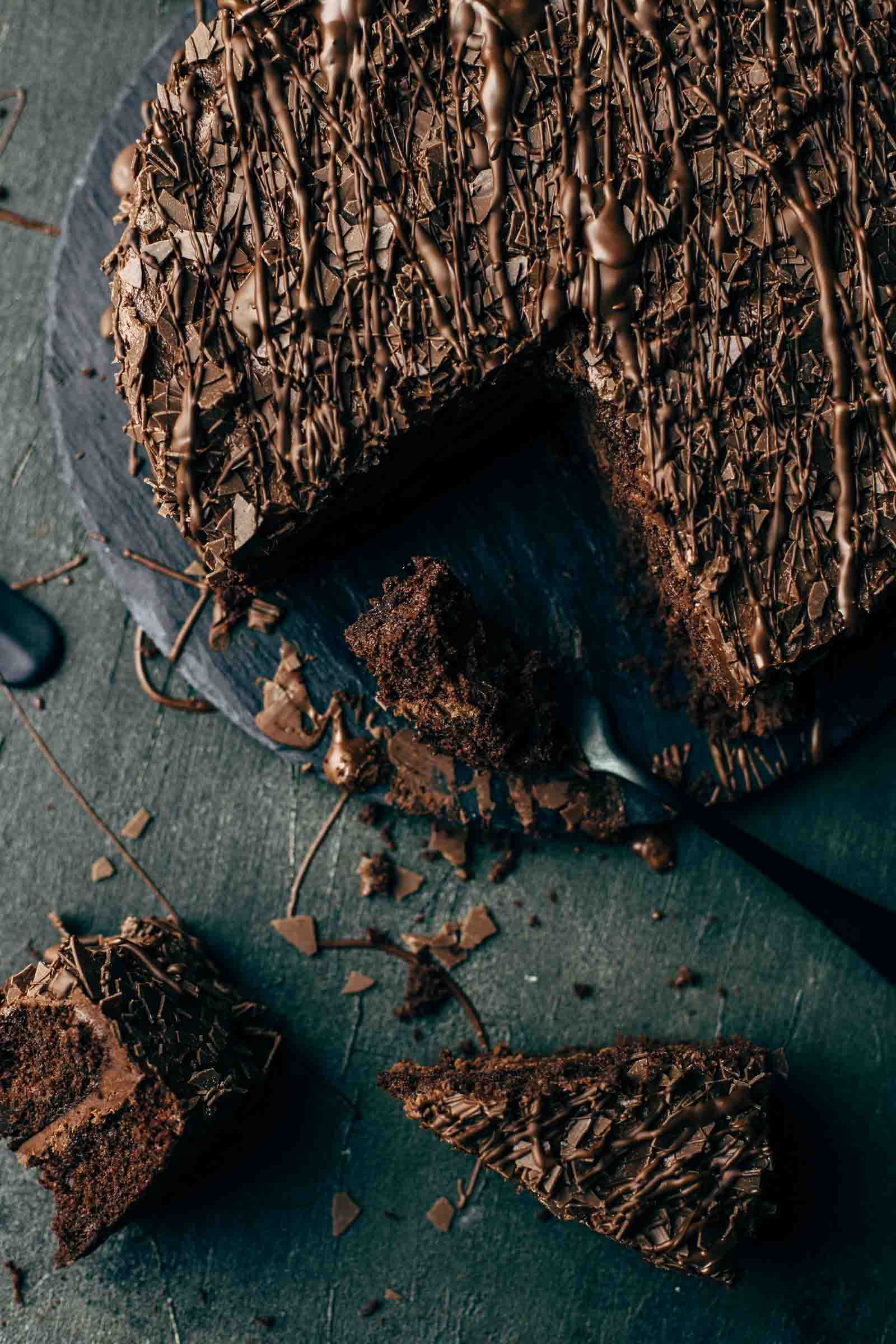 Triple-Chocolate-Cake-12.jpg