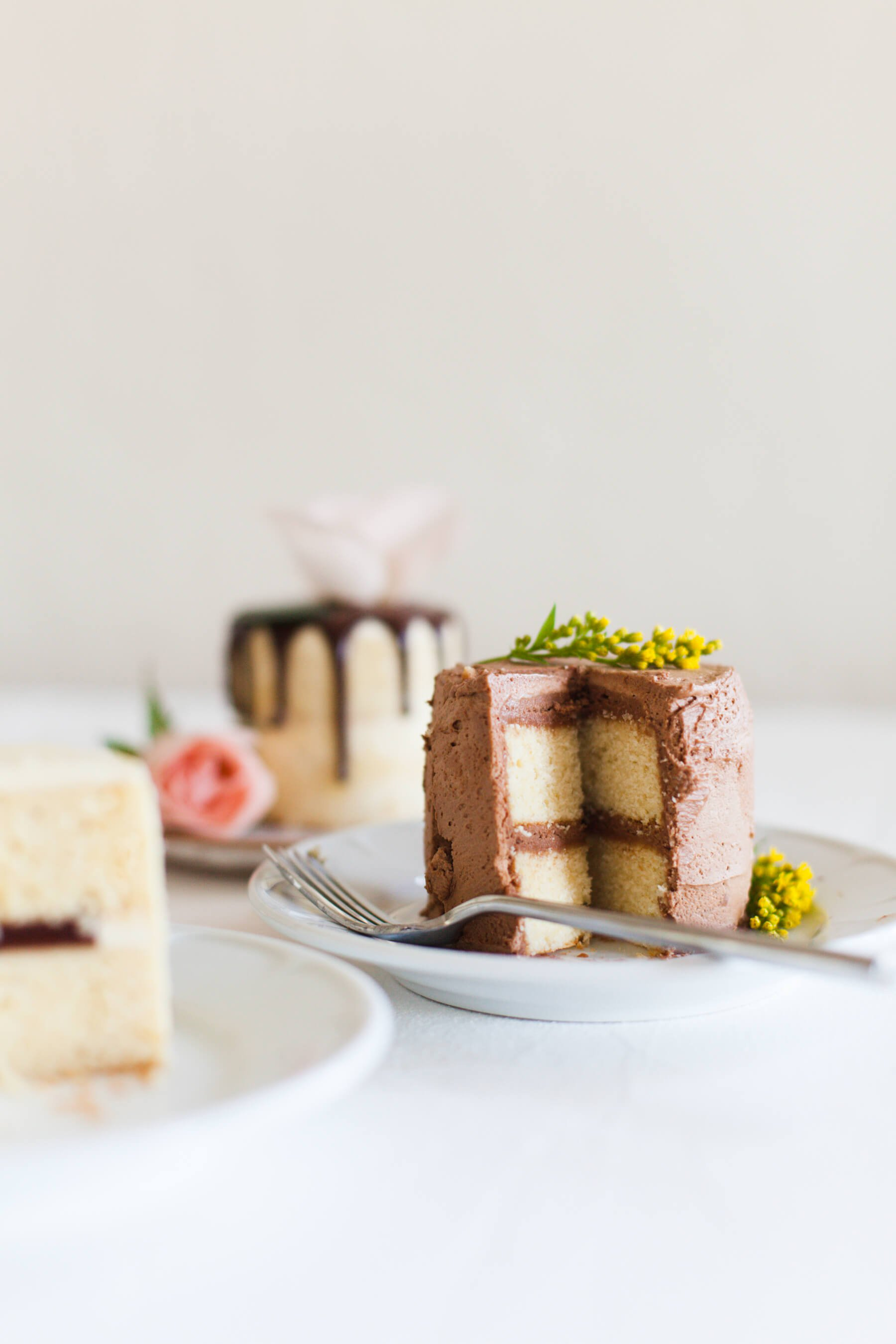 Swiss meringue buttercream for mini cakes