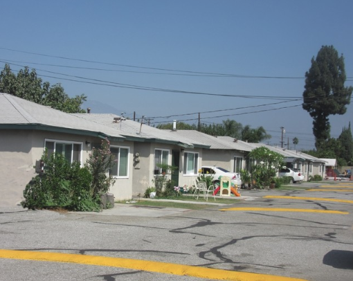 13911 Los Angeles St.PNG