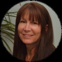 Headshot of Diane Fingar, Licensed Real Estate Salesperson