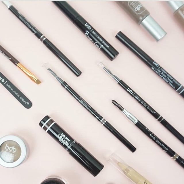 Now that you've all gotten to know our new brow color lin... which @billiondollarbrows product is your fave?  Comment for a chance to win a set of our b$b faves!