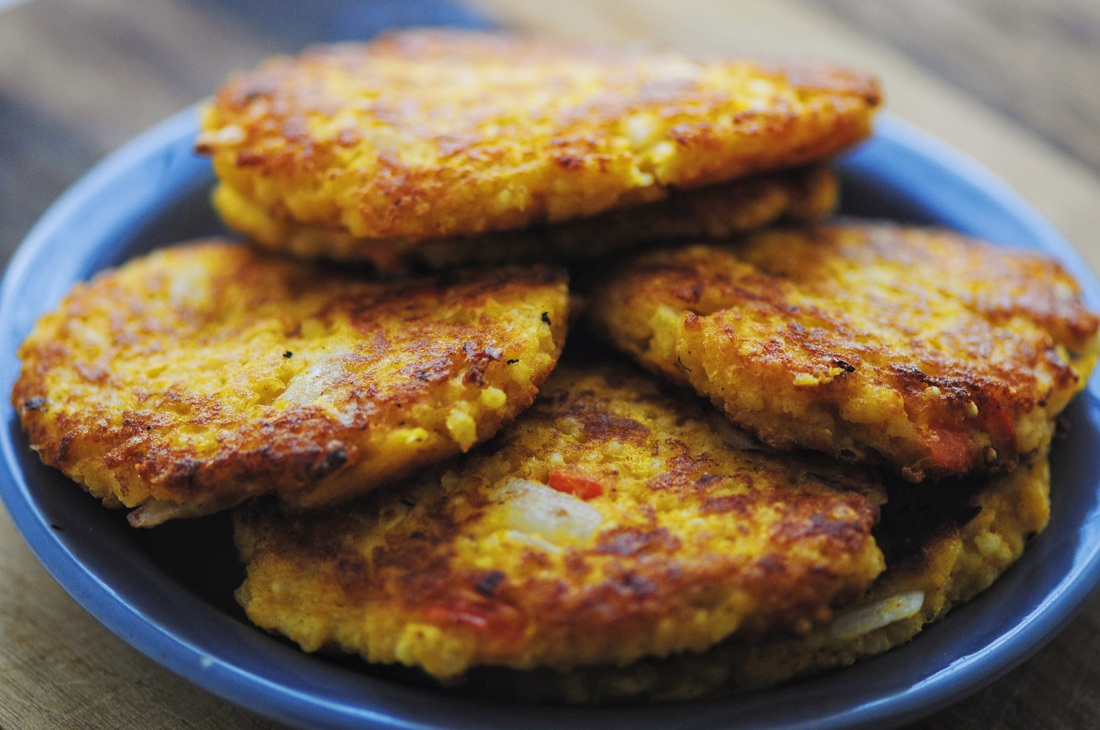 Delicious, healthy, and filling Butternut Squash and Millet Gluten-Free Fritters! #fritters #cakes #vegetarian #glutenfree #butternutsquash #fall #autumn #millet #healthy #easy #meal #lunch #dinner #snack