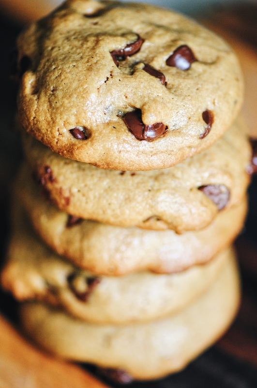 Thick, chewy, easy and delicious 5 ingredient gluten-free, dairy-free, flourless, refined sugar-free Chocolate Chip Tahini Cookies! #cookies #glutenfreecookies #flourless #flourfree #dairyfree #refinedsugarfree #tahini #chocolatechip #thick #chewy #easy #chocolatechiptahinicookies