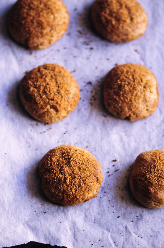 Incredibly delicious gluten-free roll out coconut sugar cookies in an easy to work with dough full of pumpkin spice flavor! Using refined sugar-free coconut sugar, buckwheat and almond flours, these make for a healthy treat, too! Enjoy these amazing cookies two ways: as a soft, thick and chewy cookie, or as a thin and crispy roll out cookie ready for use with your favorite cookie cutters! The perfect gluten-free autumn dessert awaits ! #glutenfreecookies #glutenfreepumpkin #pumpkincookies #glutenfreerolloutcookies #halloweencookies #glutenfree #pumpkinspice