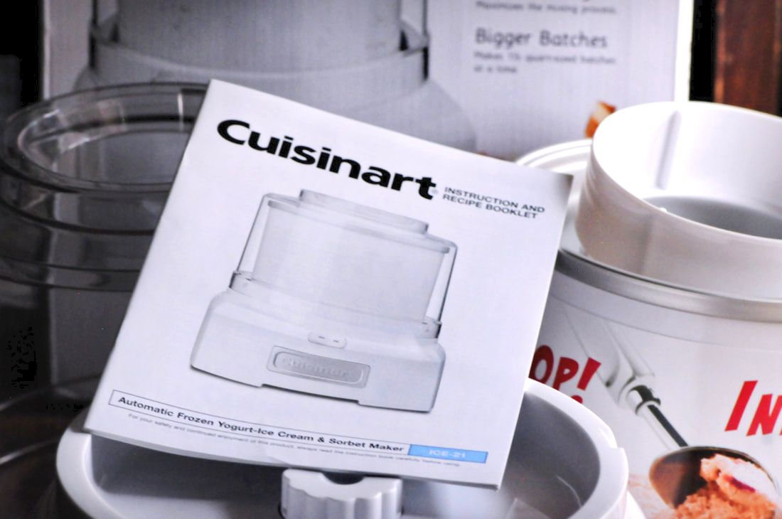 Review: Cuisinart ICE-21 1.5 Quart Ice Cream Maker - I've teamed up with Dream Scoops to provide my honest review of Cuisinart's ICE-21 1.5 Quart Ice Cream, Frozen Yogurt, and Sorbet Maker. #icecream#frozenyogurt #sorbet #vegan #thebesticecreammaker #icecreammaker #review #productreview #cuisinart #dreamscoops #chocolate