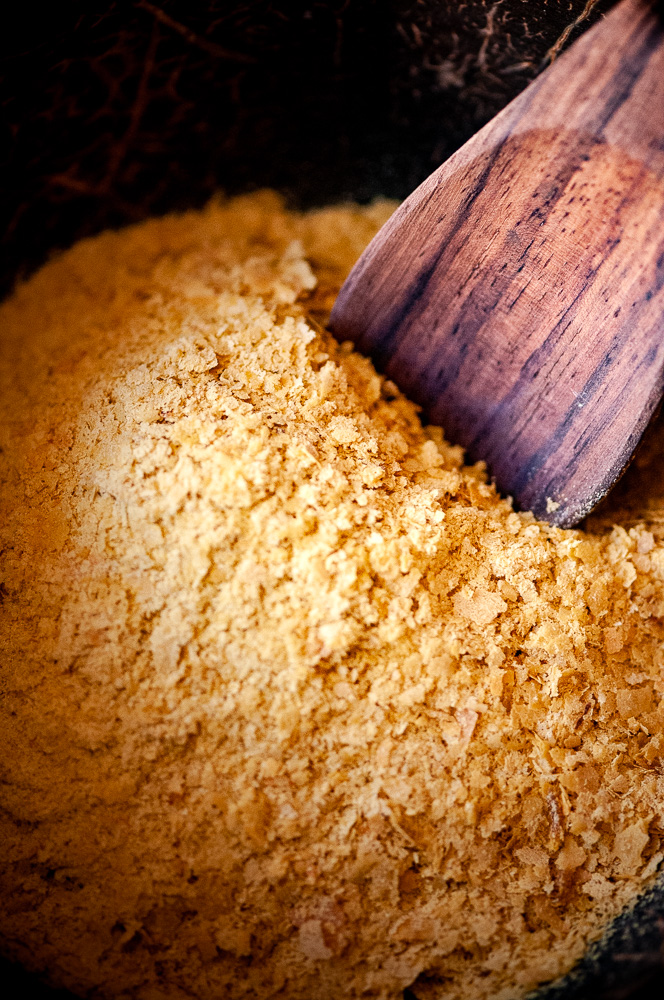 Learn all you need to know about Nutritional Yeast, including what it is, where to find it, how to use it, health benefits + 45 vegan & gluten-free RECIPES! #nutritionalyeast #whatisnutritionalyeast #nutritionalyeastbenefits #nutritionalyeastrecipes #glutenfreeveganrecipes #roundup