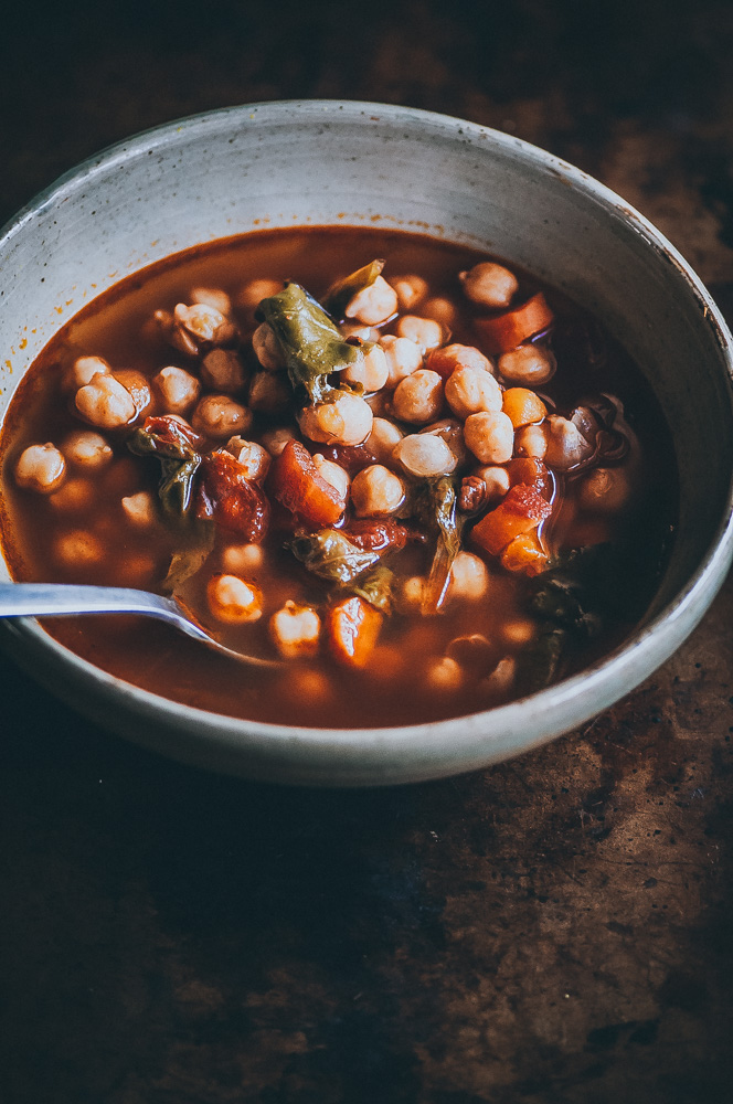 This EASY dump and start Instant Pot Chickpea soup with Cajun seasoning makes for one healthy and flavorful vegan pressure cooker meal #chickpeasoup #cajunseasoning #instantpotsoup #vegansoup