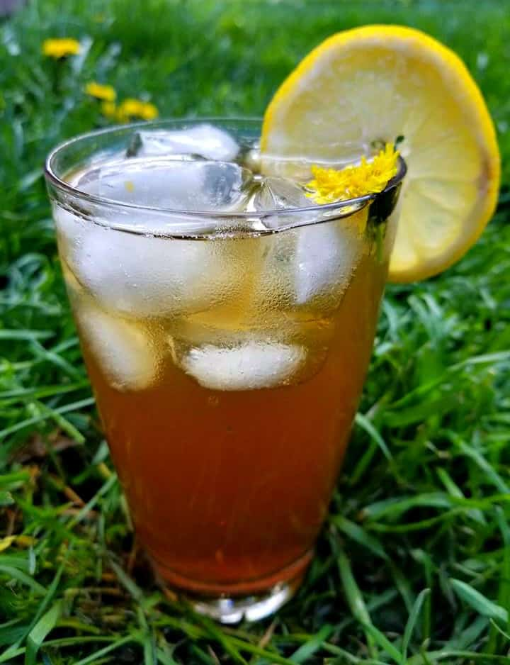 Dandelion Iced Tea by Canadian Cooking Adventures -