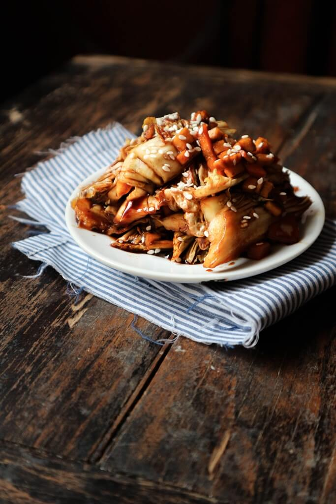 Kimchi by Nuts and Walnuts -