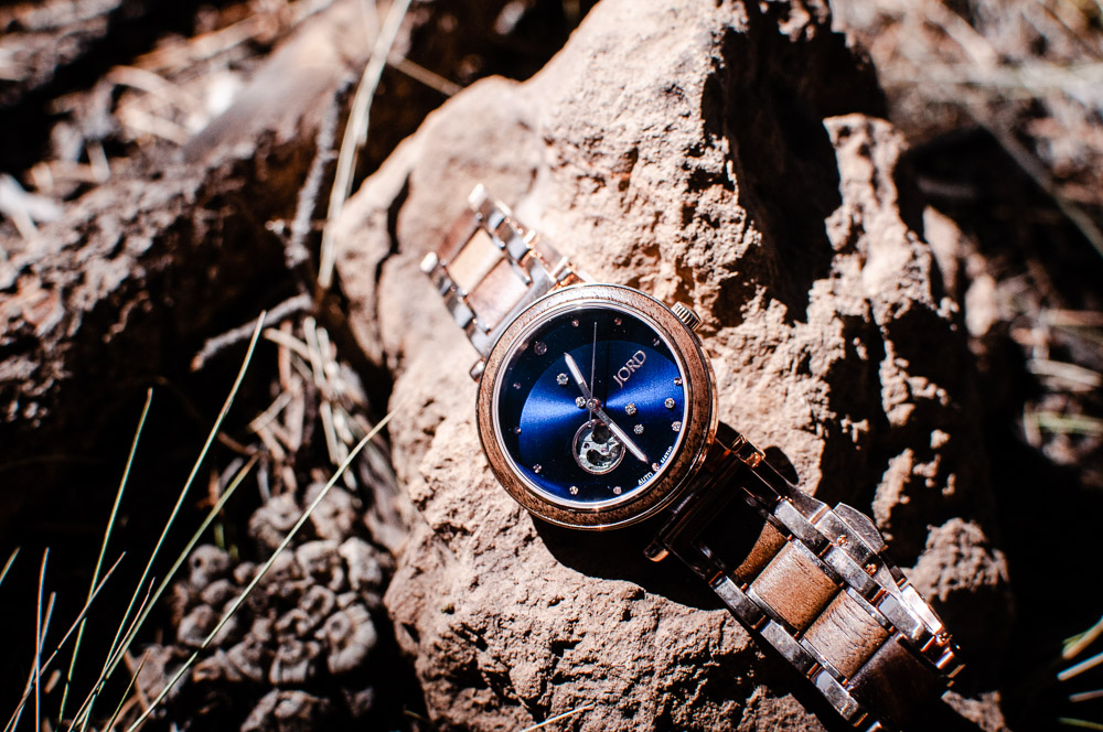 My review of Jord Watches' nature-inspired Cora Polaris self-winding automatic modern watch with a wood & metal constellation design in Walnut & Midnight Blue. #JORD #JORDwatches #watch #watches #walnutwood #celestial #jewelry #JORDwatch #corapolaris #walnutandmidnightblue